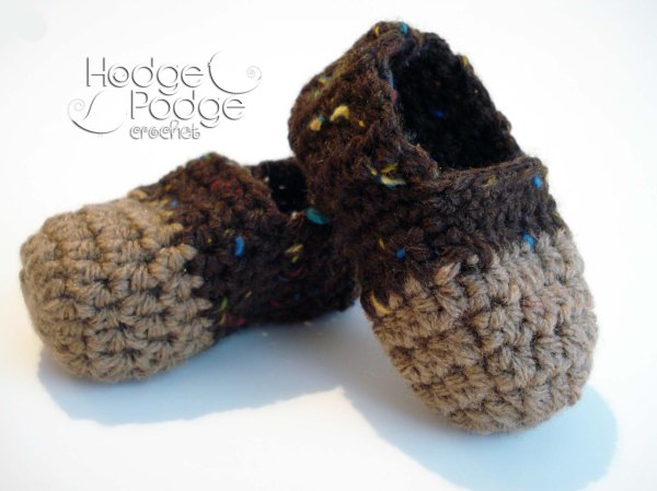 http://hodgepodgecrochet.wordpress.com: Cheeky Monkey Booties--Free Pattern