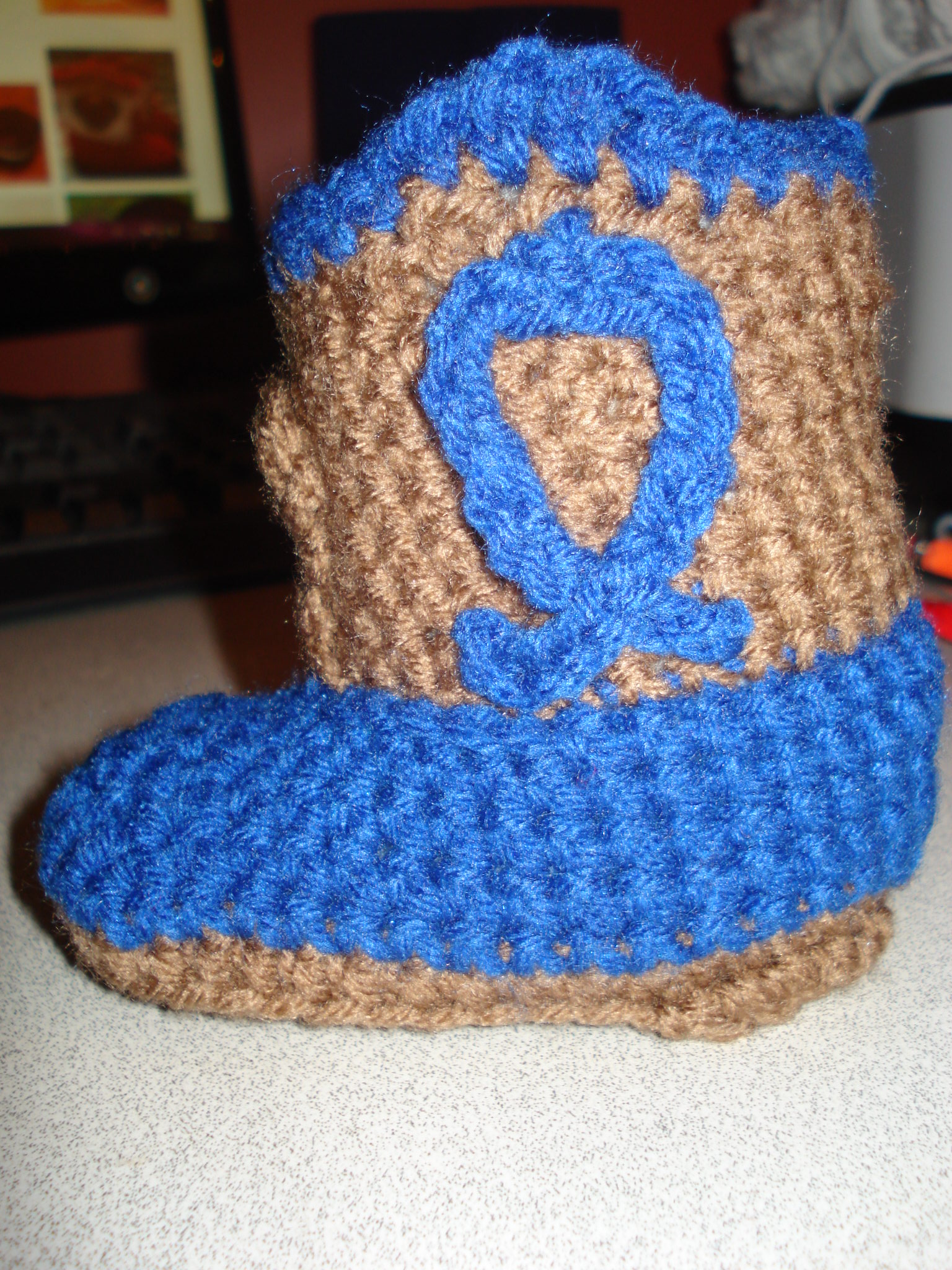 Free Crochet Pattern Baby Cowboy Boots : wristies and cowboy boots 023
