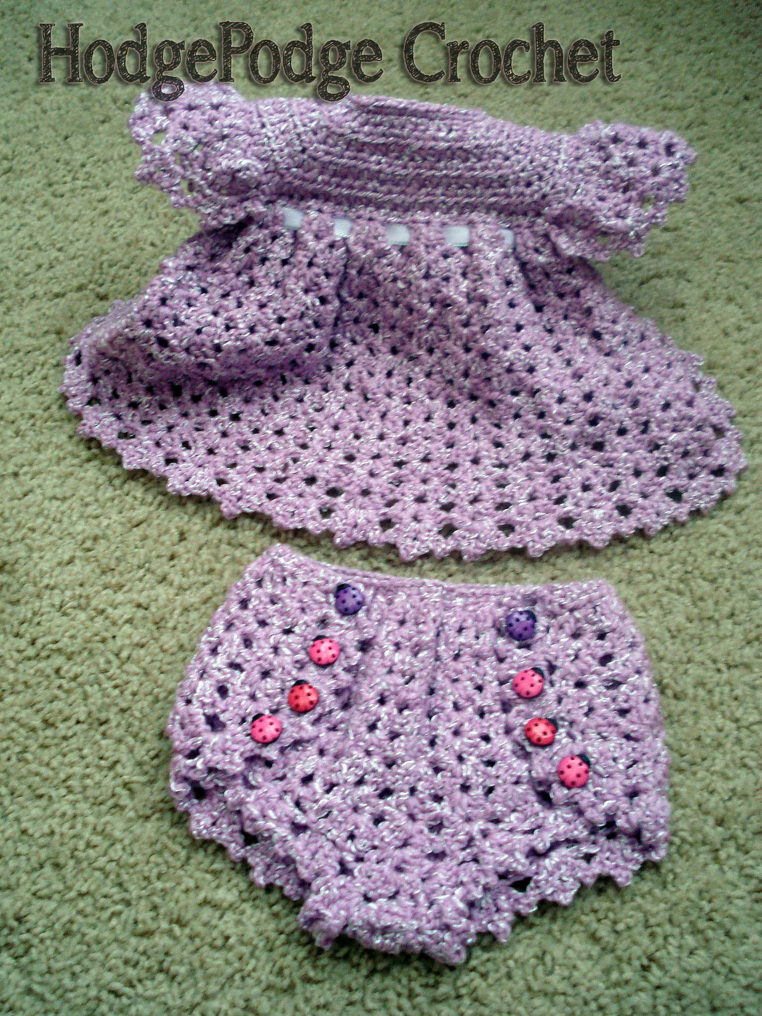 Crochet Patterns Diaper Covers : https://hodgepodgecrochet.wordpress.com Vintage Dress and Diaper Cover