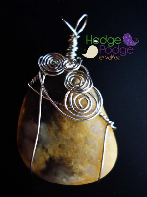 http://hodgepodgecrochet.wordpress.com/ Crochet Wire Wrapped Jewelry