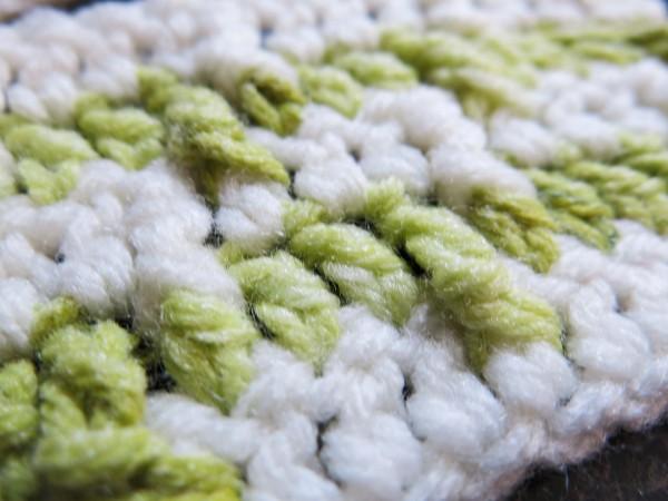 http://hodgepodgecrochet.wordpress.com/ How to 'DYE' Acrylic Yarn
