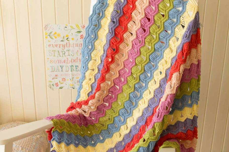 Vintage Fan Ripple Blanket by A Creative Being ...